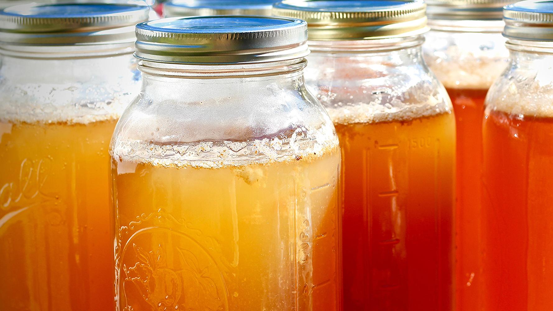 Apple Pie Moonshine in Mason Jars